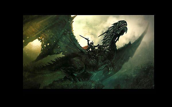 Огромный дракон с наездником