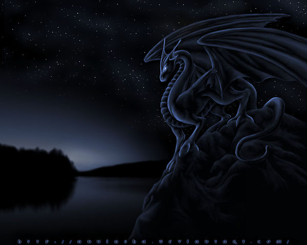 Дракон на фоне ночного неба