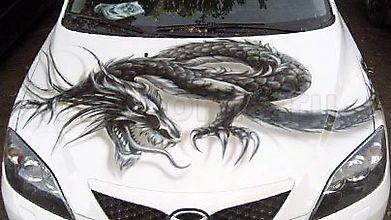 Черный дракон на капоте