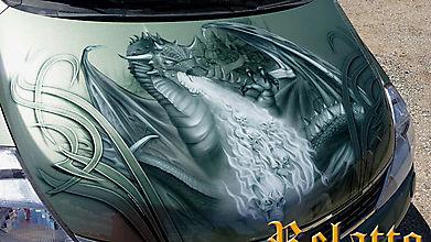 Аэрография дракона на капоте