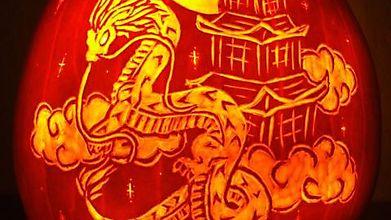 Восточный дракон в тыкве
