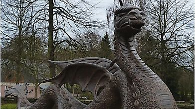 Фонтан в форме дракона, Люксембург