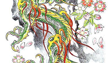 Тату дракона среди цветущей сакуры